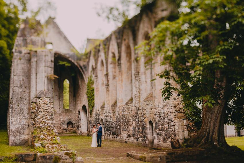 Abbaye de Radepont, Mariage.